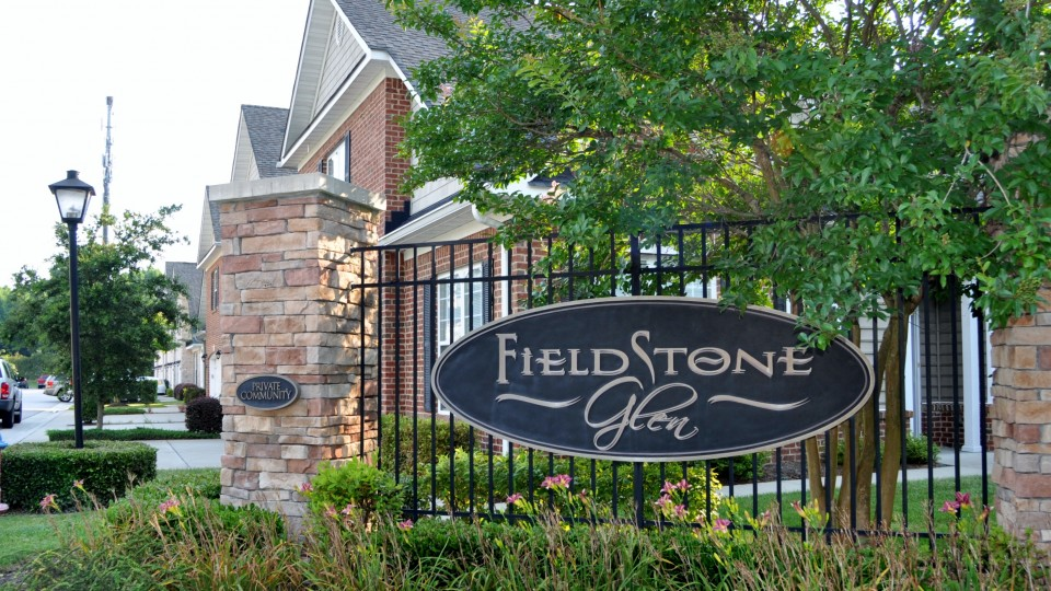 Fieldstone Glen