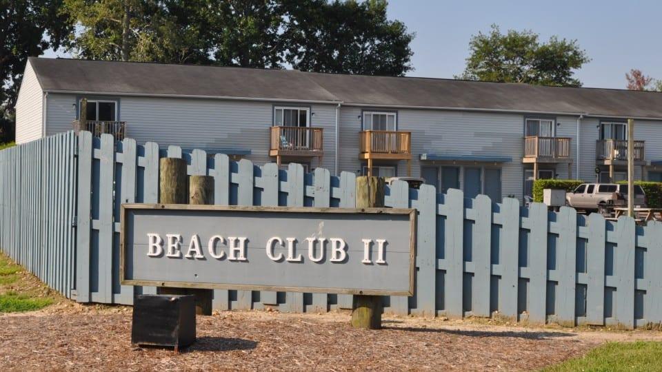 Beach-Club-2-960x540-crop