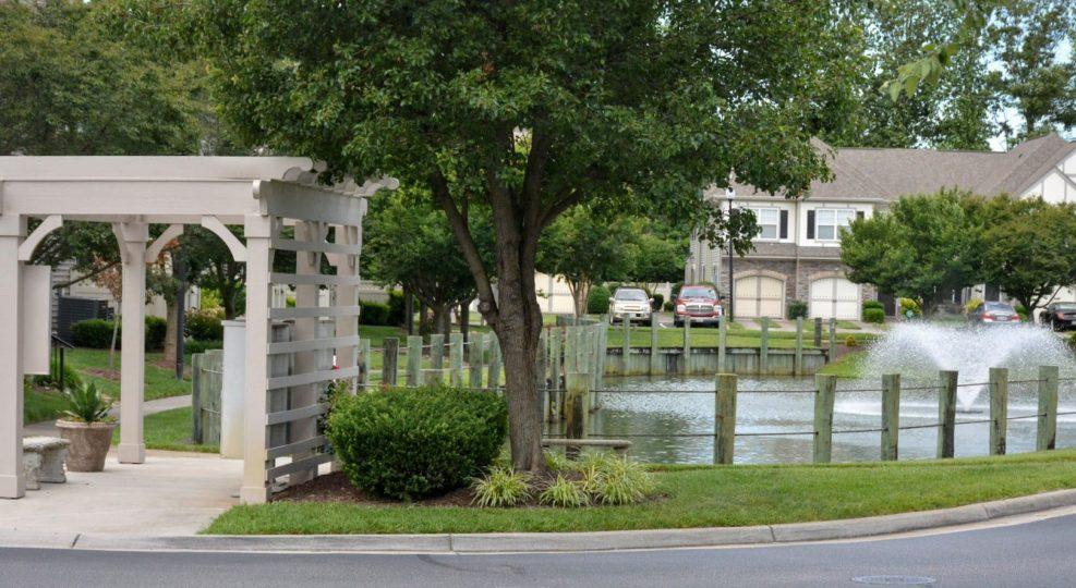 2020-06-15 Walkway around pond